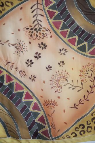 Foulard carré avec fleurs et panthère