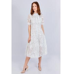 Robe féminine et élégante