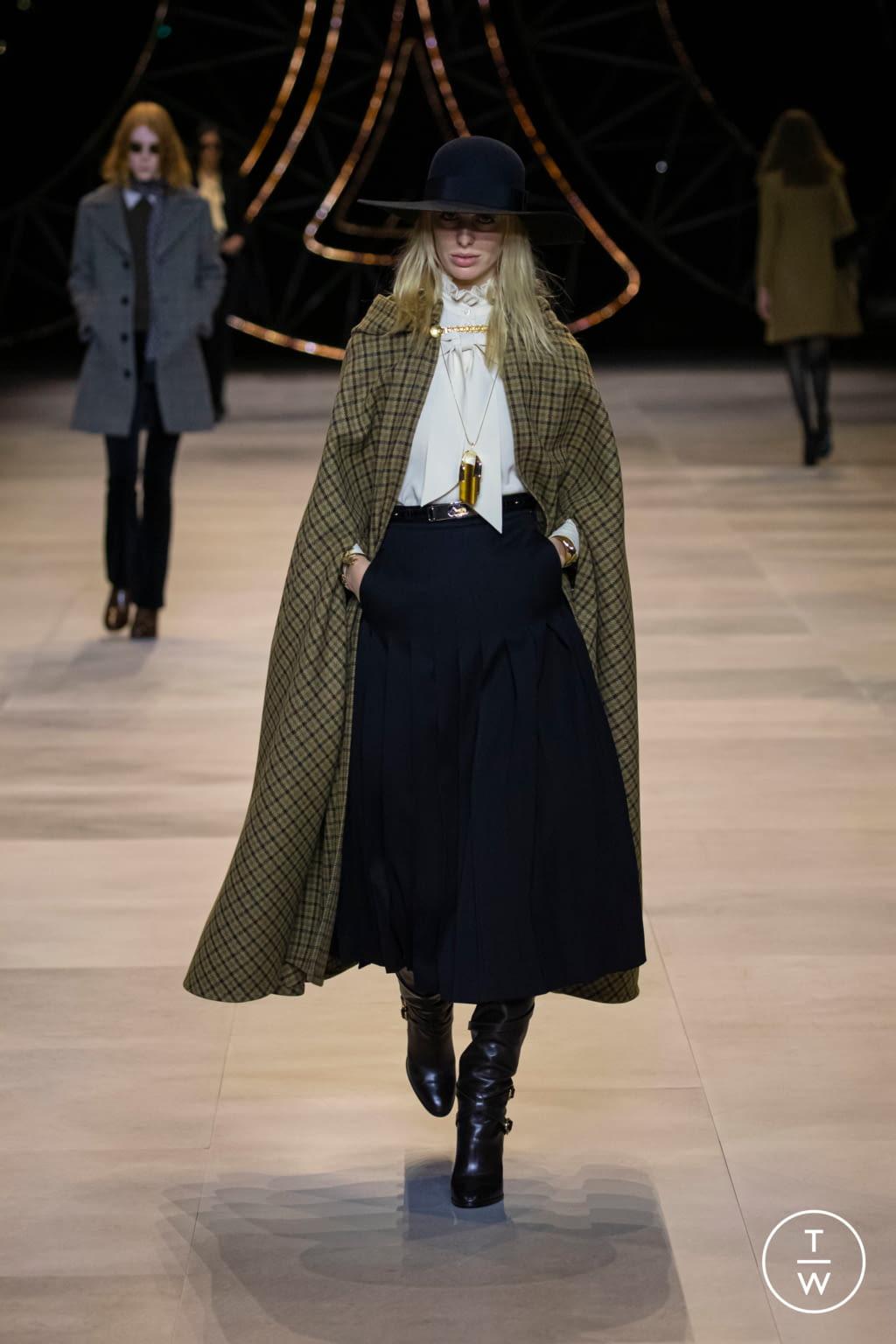 Quand la pudeur s'invite à la Paris Fashion Week